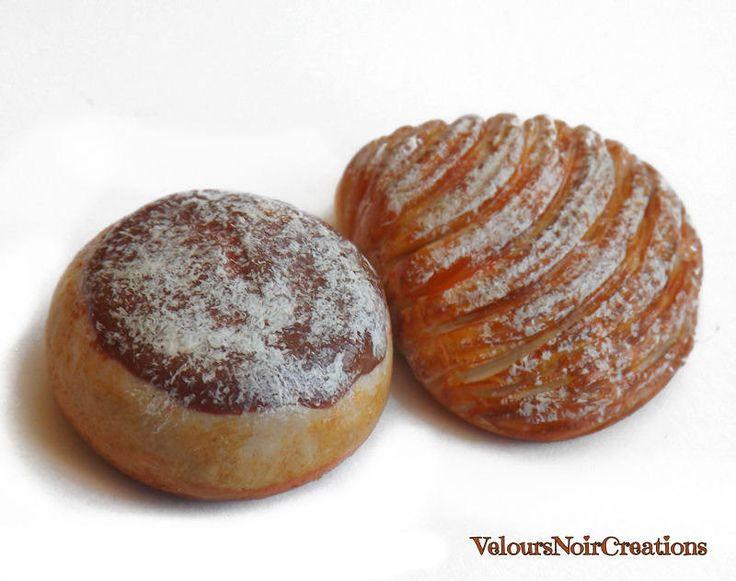 magnet sweet Neapolitan sfogliatella