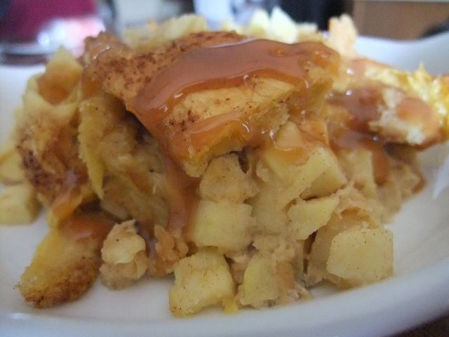 Caramel Apple Bread Pudding by swampkitty, via Flickr