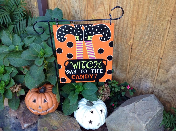 Halloween Fall Garden Flag Yard Decor Halloween Decoration Halloween Yard Decoration by TheRedWoodBarn on Etsy https://www.etsy.com/listing/205100838/halloween-fall-garden-flag-yard-decor