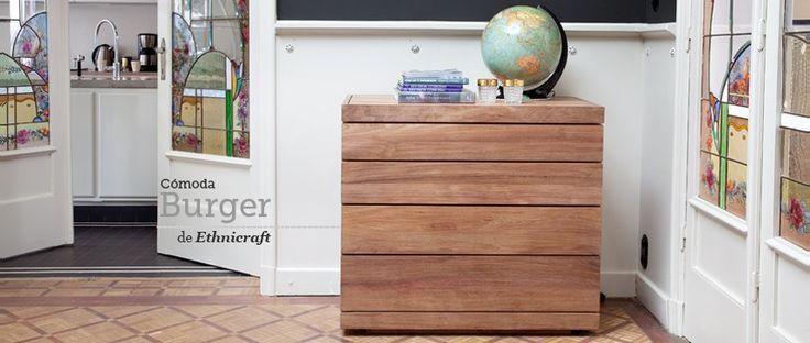 Cómoda para dormitorios Burger Teka chest of drawers de Ethnicraft con 4 cajones. Ecodesign. #comoda, #ethnicraft, #teka, #teca, #ecodesign, #chestofdrawers, #cajonera, #calaixera, #dormitorio, #tiroirs, #Schubladen, #drawers.