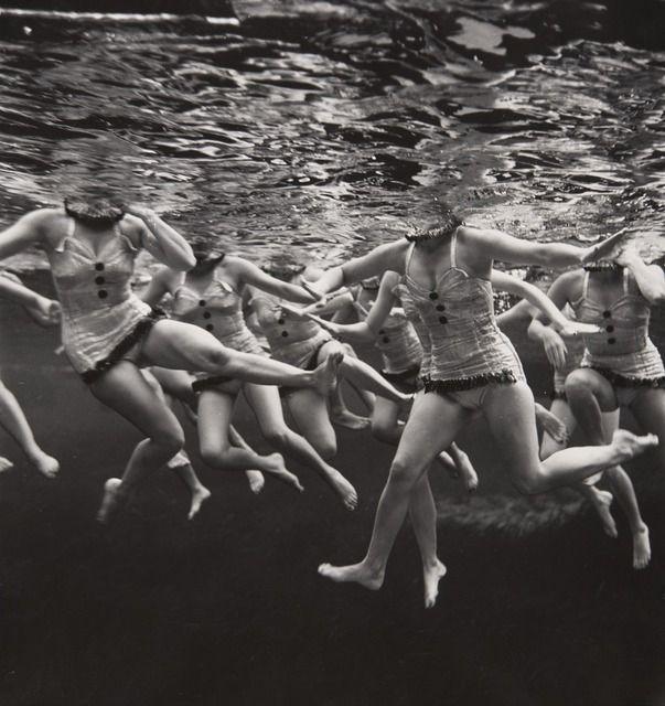 Philippe Halsman, Aquacade @artsy
