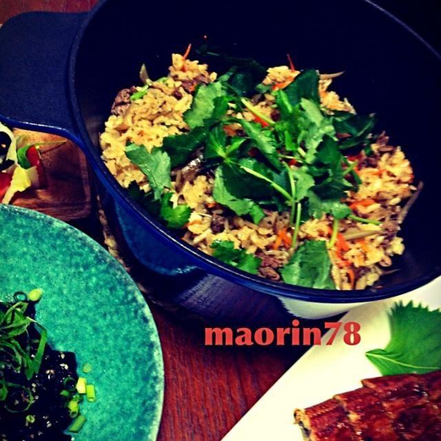 「創味  焼肉のたれ」いい仕事してくれます - 76件のもぐもぐ - 「創味  焼肉のたれ」で牛肉とゴボウの炊き込みご飯 ♥ by maorin78