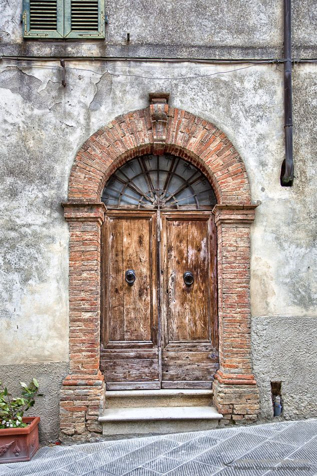 Tuscany, Italy in the heat of the Tuscan hills. #Tuscany #italy #doors #door #Cortona #Toscana #WallArt #red #reddoor #Abstract #Florence