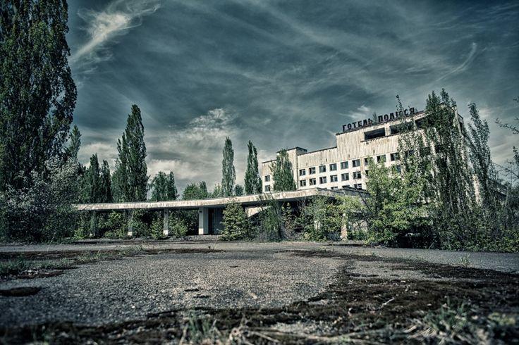 Vypravte se na místo, které se neslavně zapsalo do historie nejen Ukrajiny, ale i celé Evropy. Během zájezdu navštívíte černobylskou uzavřenou zónu a město duchů Pripjati.
