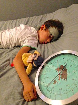 7 conseils pour gérer le jet-lag quand on voyage avec les enfants !