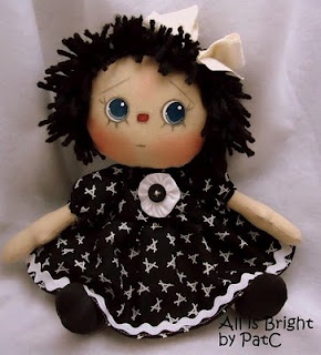 I think this is one of the cutes versions of Raggedy Ann I've ever seen.  Love her expression:/