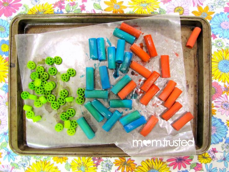 How to Dye Noodles for a Colorful Noodle Necklace - Preschool Activities and Printables