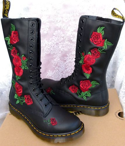 love these rose embroidered docs feet treats pinterest dr martens love and roses. Black Bedroom Furniture Sets. Home Design Ideas