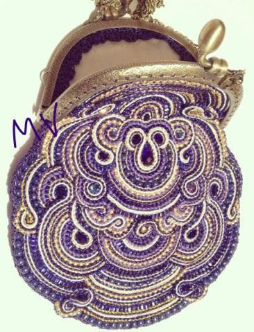 Фиолетовая сумочка
