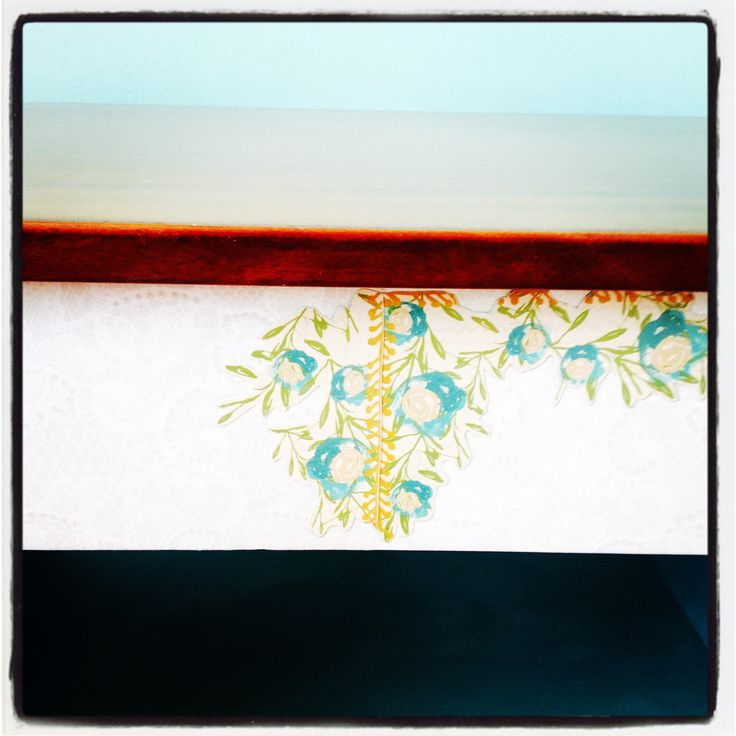 Close up of 'lace' paper and cut out flowers decoupaged onto drawer front. Stunning!  Now just for the crystal handle.....