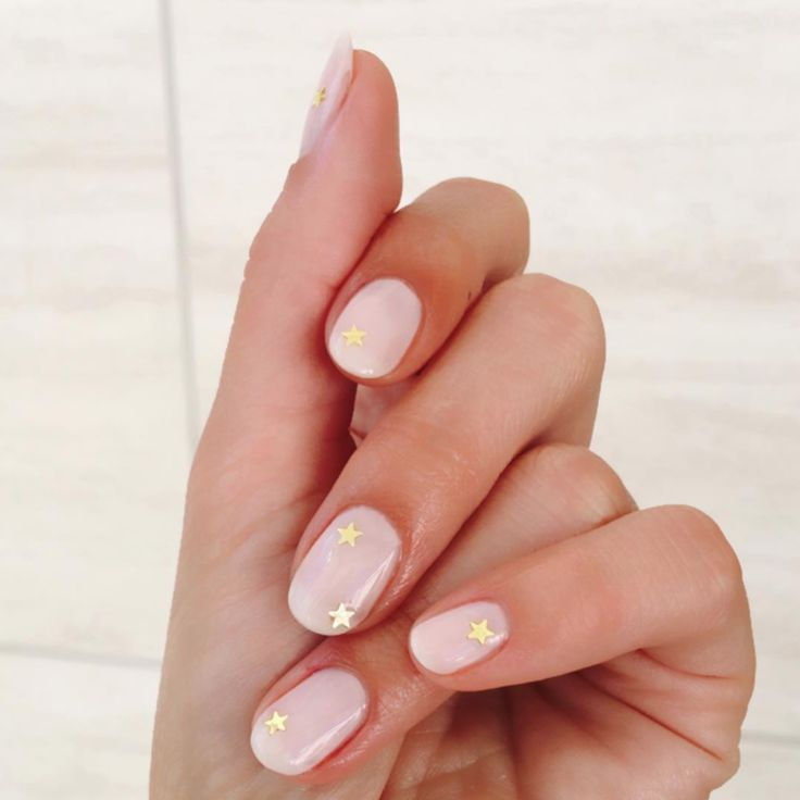 Short Nail Art Designs From Lili Reinhart's Go-To Manicurist