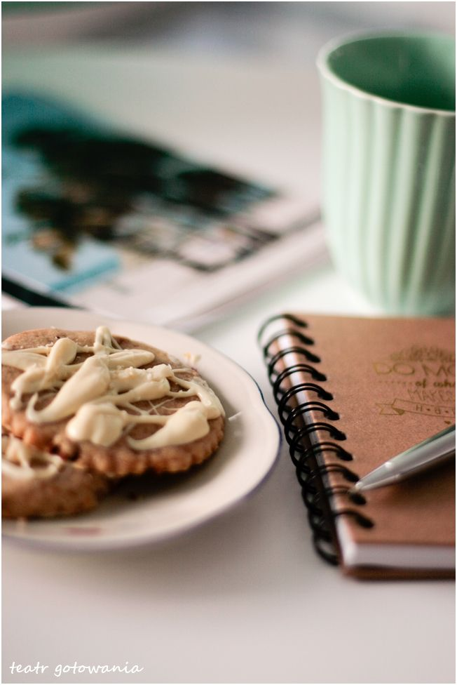 White chocolate, macadamia cookie. Fast and easy. I love it!