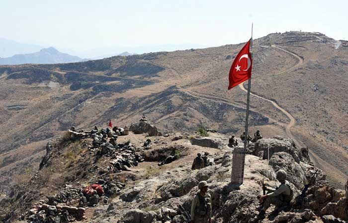 Kaletepe'de Artık Türk Bayrağı Dalgalanıyor!
