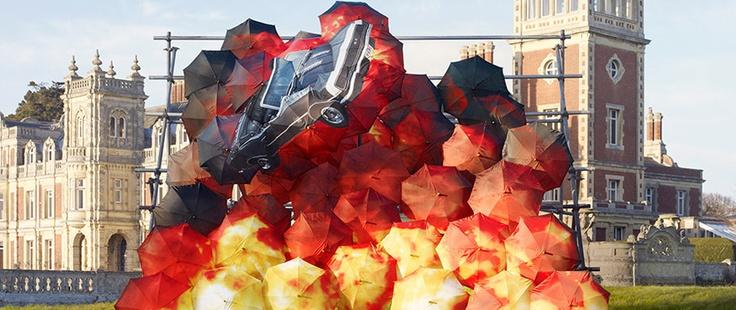 Arte com guarda-chuvas
