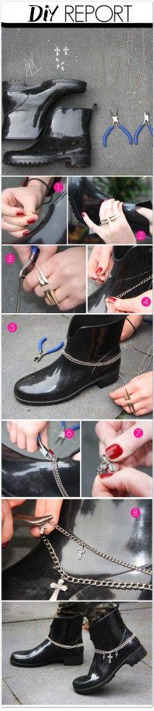 Rain boots chain decoration   - 10 DIY: Cute Rain Boots Makeover