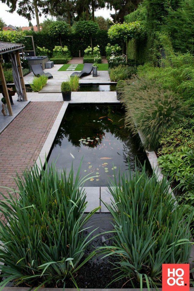 Moderner Garten Mit Teich Garten Mit Modernem Teich Wasser Im Garten Garten Modernem Moderner Teic In 2020 Moderner Garten Garten Wasserspiel Garten