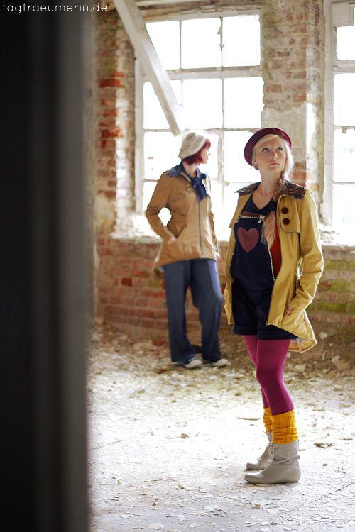 tagtraeumerin   Mode & Handgemachtes in Farbe  Trenchcoats:http://de.dawanda.com/product/49947170-Trenchcoat-Laurelie-Senf-Paisley