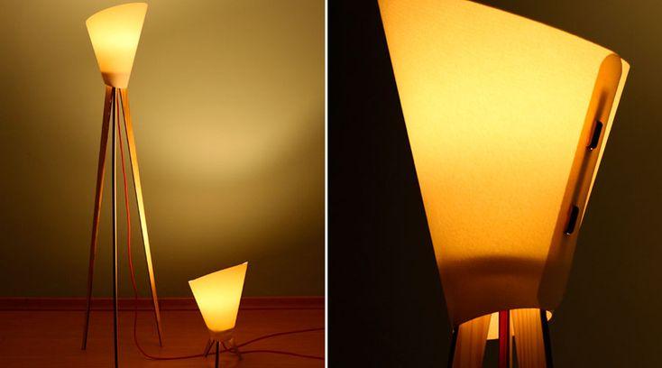 Linha de luminárias Plamp Z, do Studio Bolei, é composta por uma luminária de mesa e uma de chão. A cúpula é feita de papel 100% algodão e a estrutura de madeira de Pinus de reflorestamento