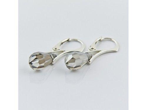 KOLCZYKI SWAROVSKI DROP 15MM CRYSTAL MET SILVER SREBRO 925 - KL2141 Materiał: Srebro 925 + kryształ Swarovski Elements Kolor: Crystal Met Silver Rozmiar kamienia: 1,5cm Wysokość kolczyka: 3,1cm Waga srebra: 1,33g ( 1 para ) Waga kolczyków z kamieniami: 2.97g