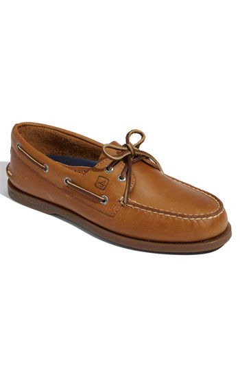 Sperry 'Authentic Original' Boat Shoe (Men). Oil-tanned leather shapes a classic boat shoe featuring hand-sewn moccasin construction for ultimate comfort.