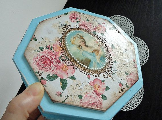 Hand painted shabby-chic blue box distressed by JoliefleurDeco