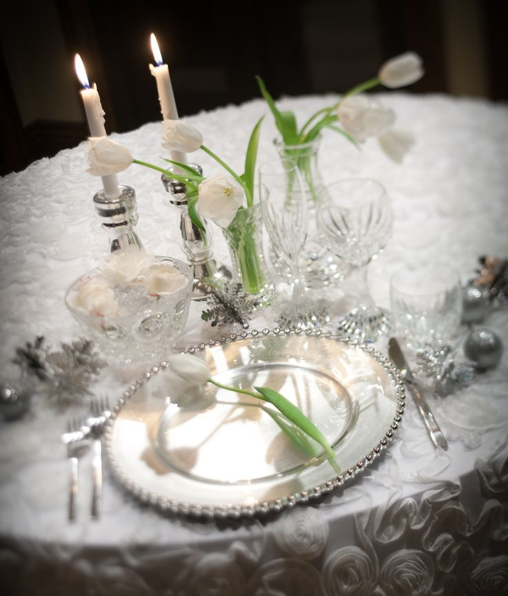pretty table ideas See more Christmas Wedding
