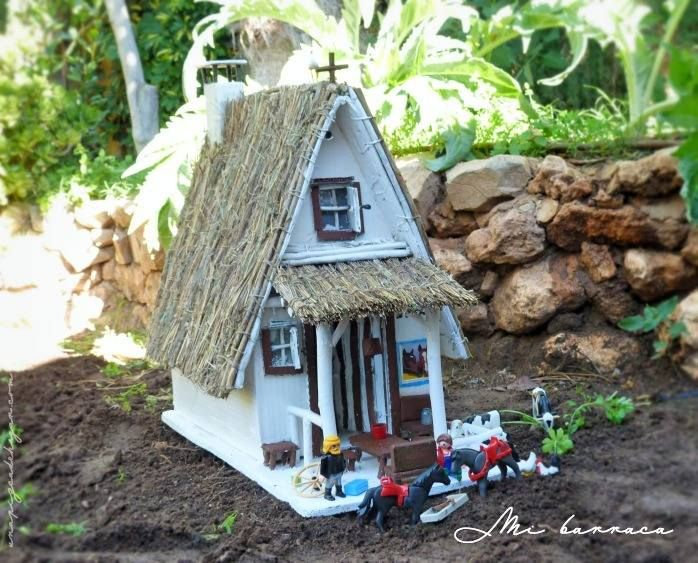 construyendo una barraca valenciana con niños : via MIBLOG. #house #paper #childrens