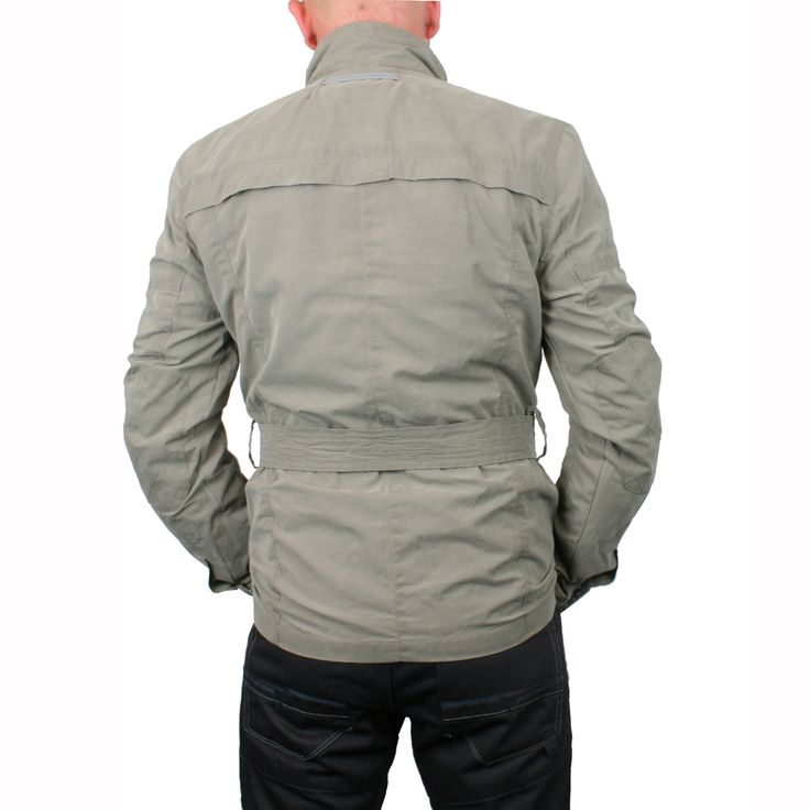Rev it Hillcrest jacket - What's your urban style? #URBANSAFARI | GetGeared is the UK`s largest retailer for urban motorcycle clothing & accessories from Europe's favorite brands, including Rev`it, Alpinestars & Held. If you are an urban rider and love to travel in style, stay in touch with us to get updates on the latest city and hipster looks #Retro #GetGeared https://www.getgeared.co.uk?leadsource=ggs1408utm_campaign=ggs1408utm_topic=urbansummer