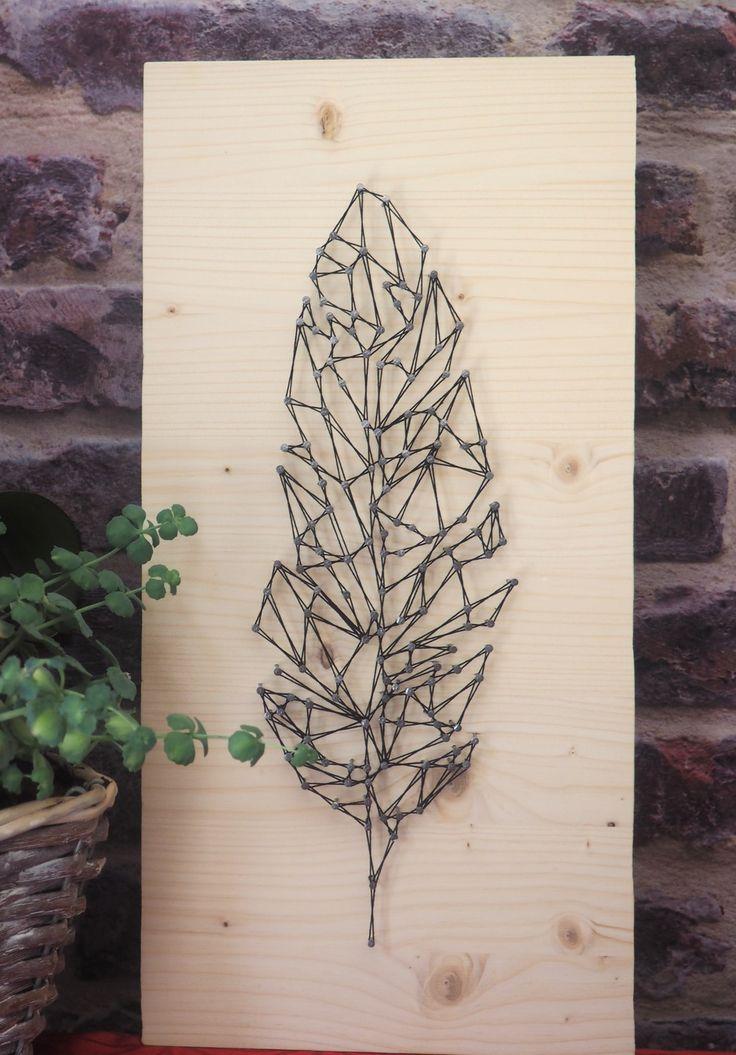 Tableau plume en sting art géométrique (fil tendu)