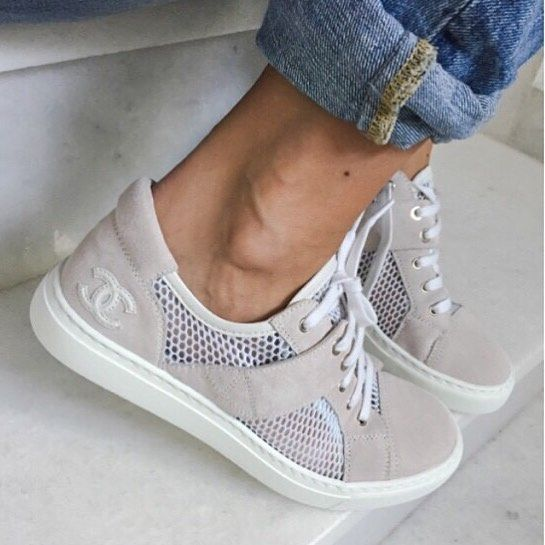 Chanel sneakers in linen and white
