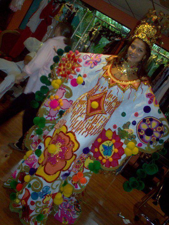Traje típico Manta Guajira - Ly Jonaiti in Miss Universe ...