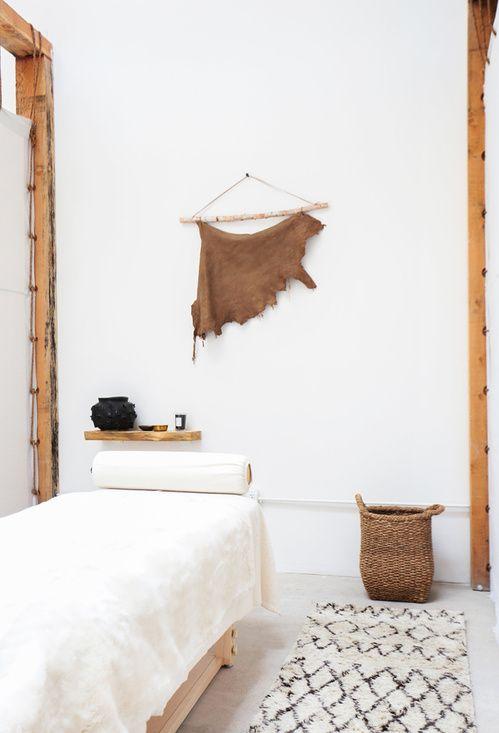 17 meilleures id es propos de massage room decor sur for Salle de bain kylie jenner