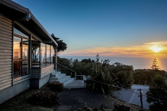 The Lookout - Special Rate in Muriwai, Rodney District | Bookabach 200 but $100 cleaning fee