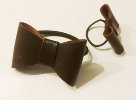 Mother-daughter leather hairbows van NHLdesign op Etsy