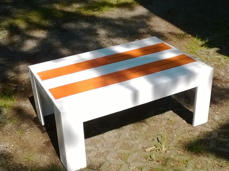 Stylish,modern, recycled modern pallet white/orange coffee table HAND MADE  http://www.ebay.co.uk/itm/251581869551?ssPageName=STRK:MESELX:IT&_trksid=p3984.m1555.l2649