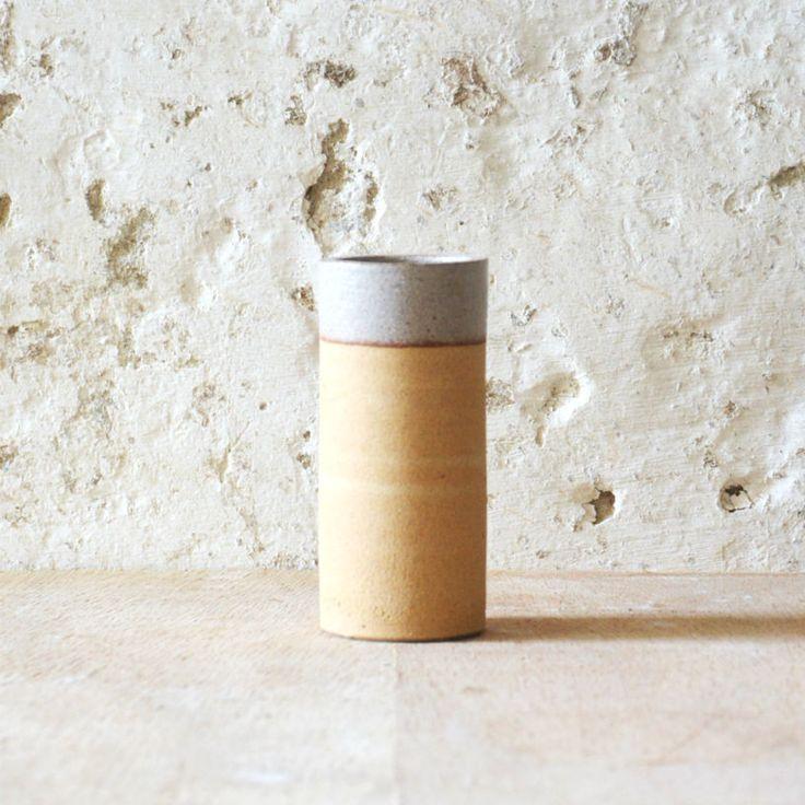 Handthrown stoneware w. white glazeH: 10, 8 cm.Dia: 4,7 cm.