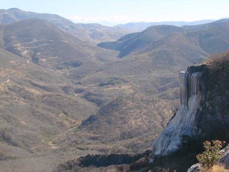 "Petrified Waterfall ""Boil water"" in Oaxaca, Mexico.  Cascada petrificada ""Hierve el agua"" en Oaxaca, México."