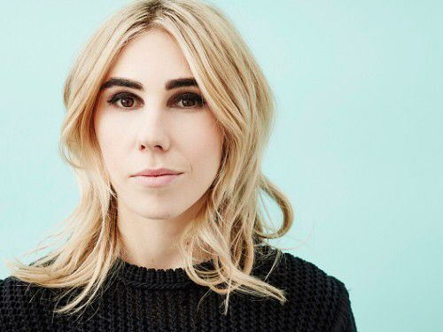 Zosia Mamet blonde hair dark brows medium cut highlights