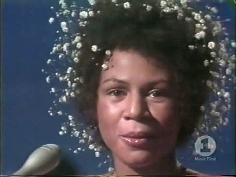 MINNIE RIPERTON - Highest Notes - Whistle Register Live (Part 2 of 2)
