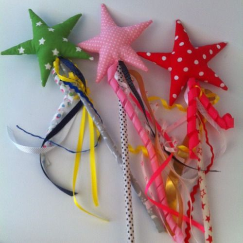 And another 3 wands for little princesses! Look for more on Hola Lotta store on Etsy #wand #starwands #magic #magicwand