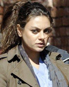 Mila Kunis no Makeup pics VIsit www.celebgalaxy.com http://epicstories.club/category/celebrities/