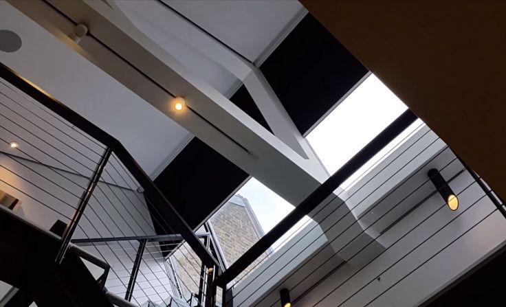 CONSTON ZIP HORIZONTAAL | Guillaume Janssen