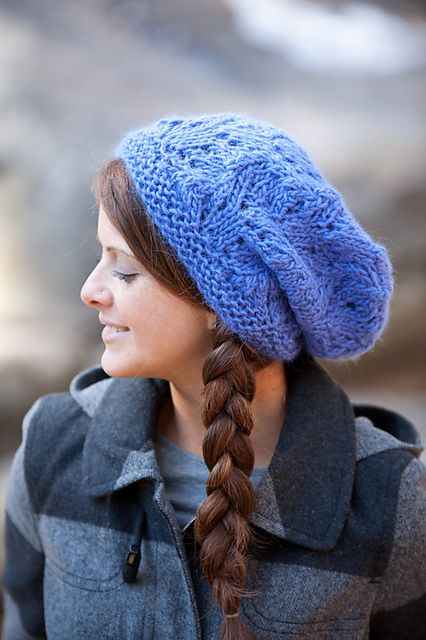 Ravelry: Montera Slouchy Hat pattern by SweaterBabe #Free