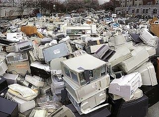 Enjoy Life: Obsolescenza programmata, spreco di risorse