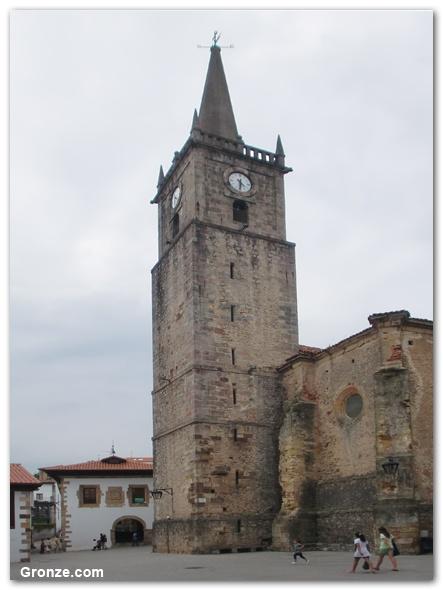 Etapa 14: Santillana del Mar - Comillas. Iglesia de San Cristóbal, Comillas. Camino del Norte. #Cantabria #Spain #Travel