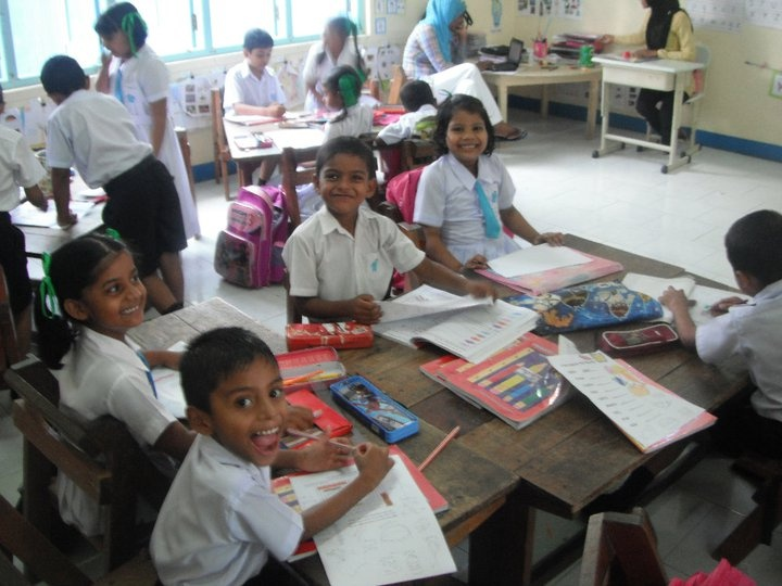 Some of the adorable primary school children from the island of Velidhoo. (Volunteer Maldives)