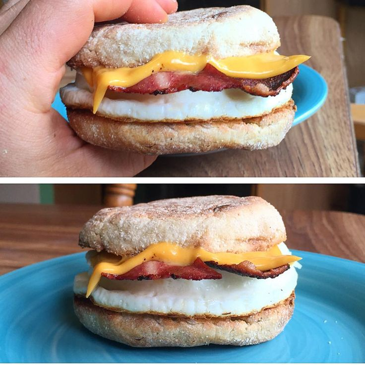 Homemade #MacroFriendly @starbucks Reduced Fat Turkey Bacon Sandwich!  Since it was a low day for me, I wanted to keep my recipes high volume to keep hunger at bey so I decided to remake the most popular starbucks breakfast sandwich but make it even better   Macros for Starbucks Version: 230 cals, 28g carbs, 6g fat, 16g protein  Not bad at all!  Macros for MY Version:  228 cals, 26g carbs, 3g fat, 20g protein  So my version had a couple less carbs, 3G less fat and 4g more pro ...
