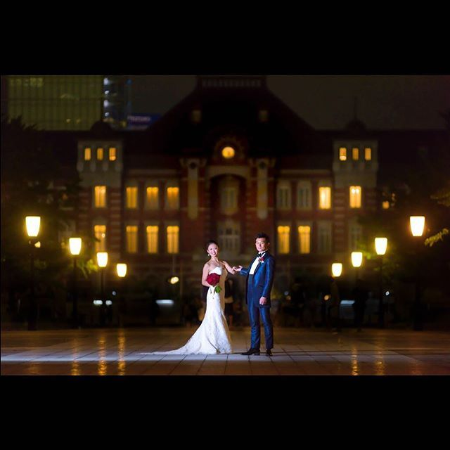 フォトグラファーの右近です。 夜のロケ撮は最高に楽しいですよね✨ 肉眼では見られない、まさに写真ならではのファンタジーのような世界を演出できます。 いつでもお二人とともに、本気で撮影を楽しませて頂いています✨ ぜひ東京駅撮影、ご一緒しましょう  #フォトスタジオデイズ#photostudiodays #パレスホテル東京 #palacehoteltokyo #wedding #ポートレート #結婚式 #ウェディング#プレ花嫁 #ウェディングフォト #紅葉 #ロケーションフォト #dress #ウェディングドレス #ポージング #東京駅 #東京駅ウェディング #東京駅前 #tokyostation #ukonjapan #igersjp #夜景 #夜景写真 #ストロボ#2017夏婚 #2017秋婚 #2017冬婚
