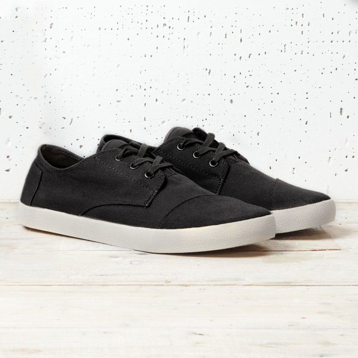 Simple and reliable. TOMS Black Canvas Paseos.
