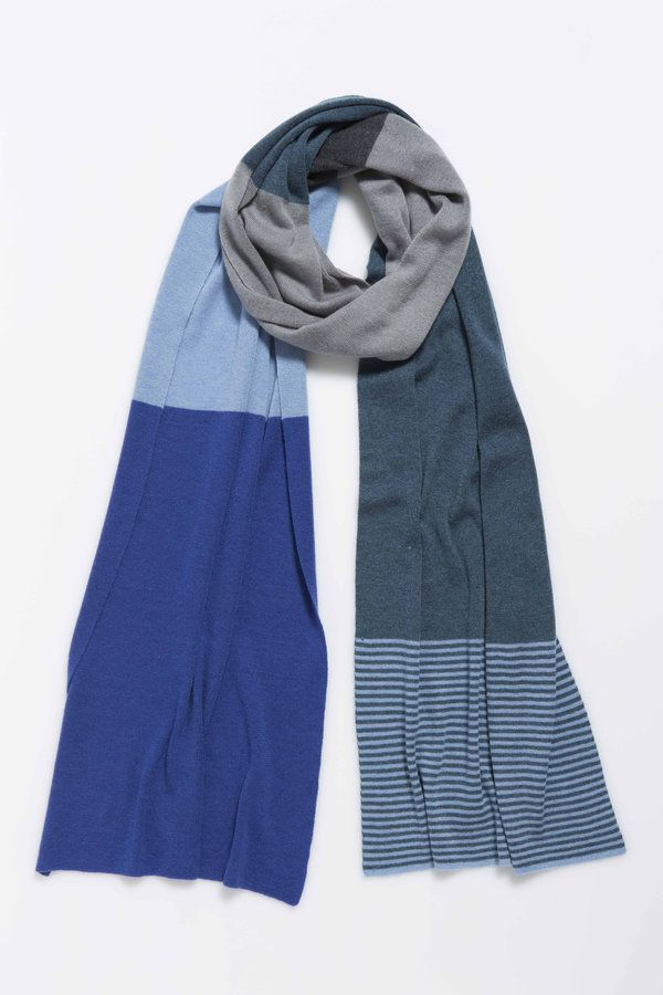 A lighter, longer option in earthy winter hues.  100% merino wool stripe and block colour